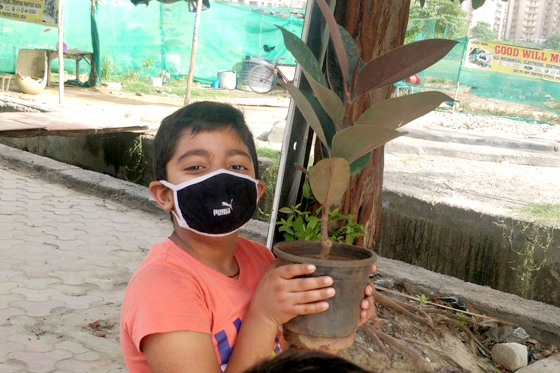 Love nature, Save trees